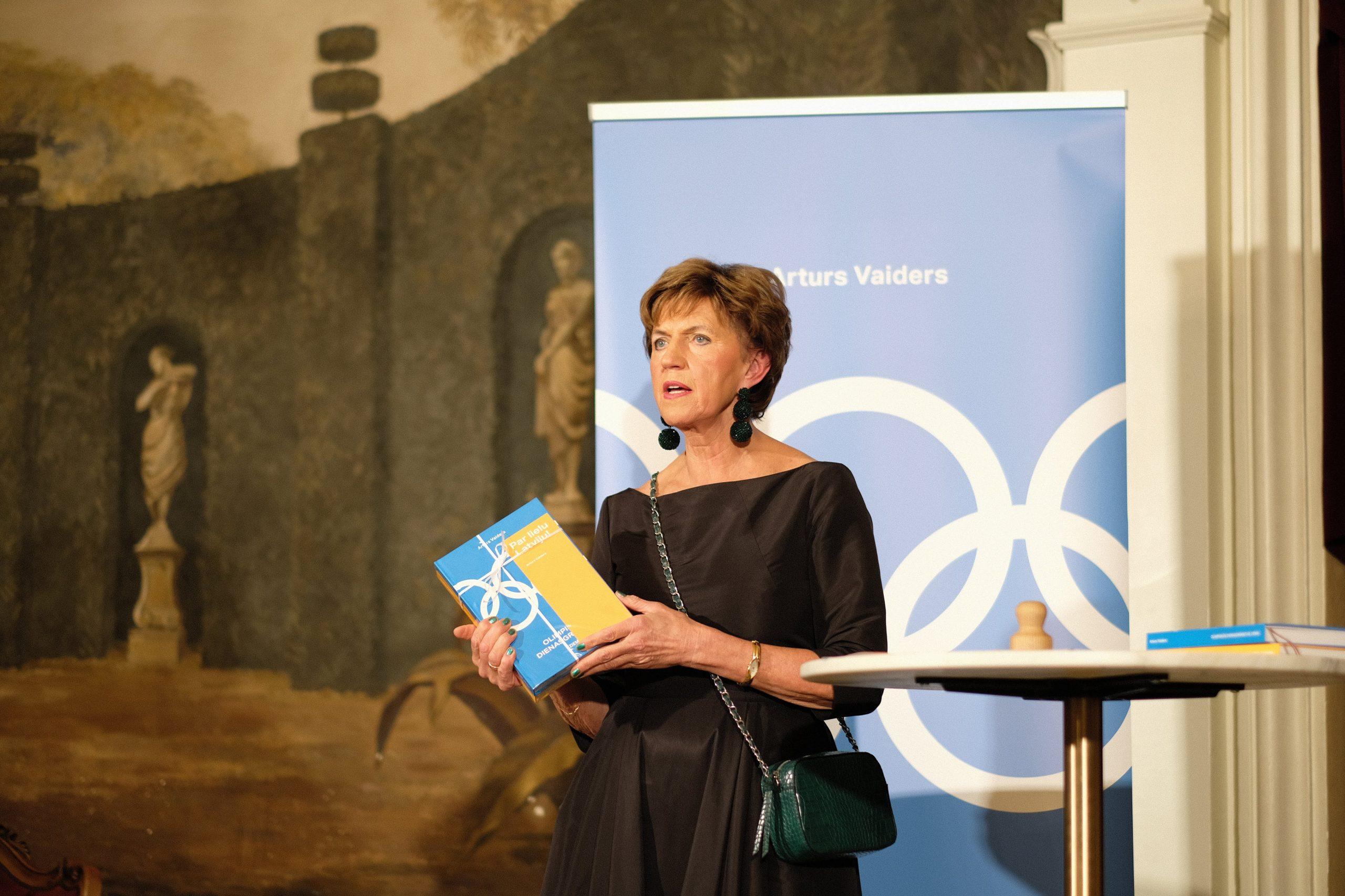 """Artura Vaidera """"Olimpiskās dienasgrāmatas. Vasara. Ziema."""" atvēršanas svētki"""