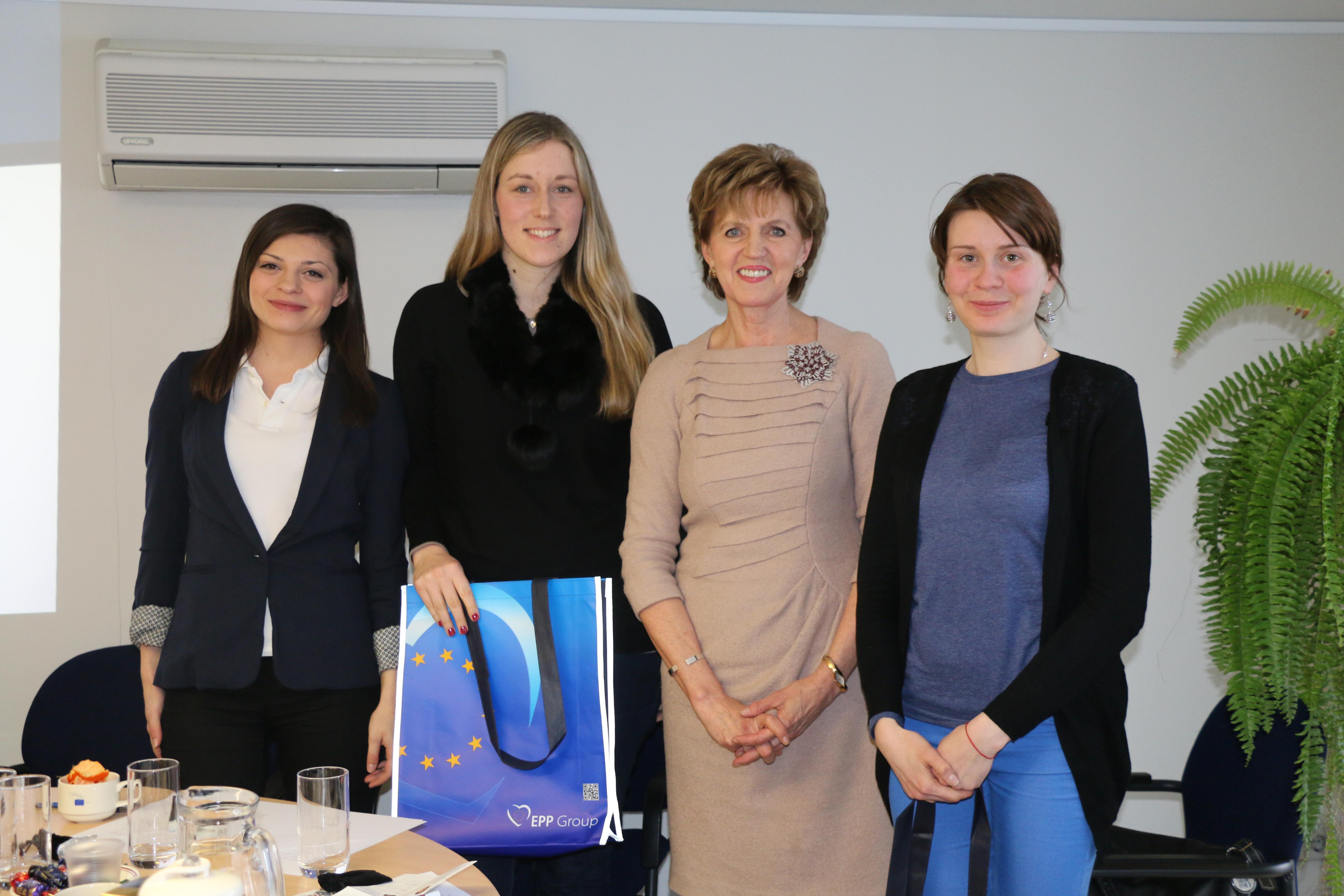 Diskusija ar studentiem par jauniešu bezdarbu un iespējām Eiropas Savienībā