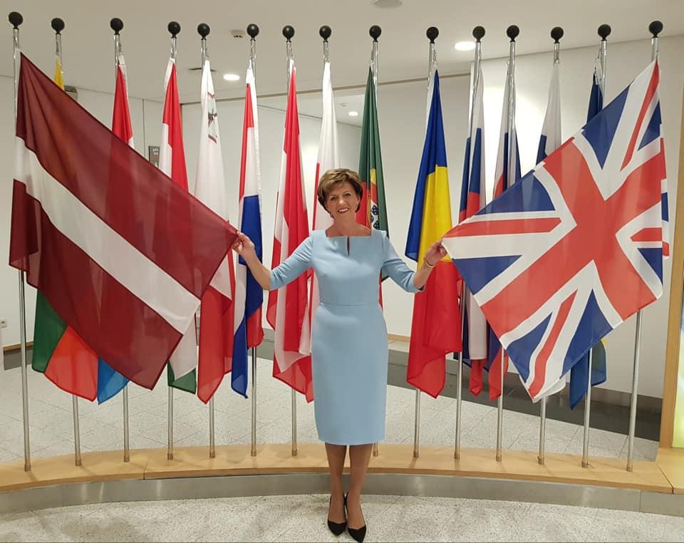 Pēdējā diena, kad Eiropas Parlamentā plīvo Lielbritānijas karogs
